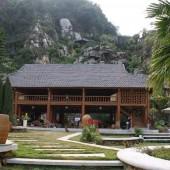 Bán khu nghỉ dưỡng cao cấp 42000m cả núi đá tại kỳ sơn