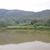 Bán gấp 2500m2 Hồ Hòa Thạch Quốc Oai bám mặt hồ 40m2 giá cực rẻ chỉ 2,5tỷ lh 0987757698.