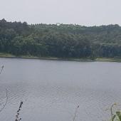 Bán đất bám hồ Ba Trại Ba Vì 3ha(30.000m2) đất thổ cư làm famtay,đường oto tránh cách QL 1KM.