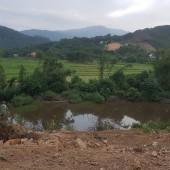 bán đất đông xuân Quốc Oai Hà nội tông DT 2600m2 trong đó có 400m2 đất ở con lại đất trông cây lâu năm Khu vực :Bán Đất tại Huyện Quốc Oai Hà Nội Giá :Thỏa thuậnDiện
