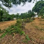 chính chủ cần bán gấp lô đất Dt 950m taih nam phương tiến chương mỹ hà nội Khu vực :Bán Đất tại Huyện Chương Mỹ Hà Nội Giá :Thỏa thuậnDiện tích :950 m2