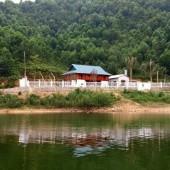 Bán đất view hồ Đồng Bến, phường Kỳ Sơn, Hòa Bình. Đường bê tông 4m. Giá thỏa thuận