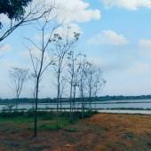 Bán mảnh đất ven hồ tại Cố Thổ, Hòa Sơn, Lương Sơn, Hòa Bình. Đất bằng phẳng, view nhìn hồ.